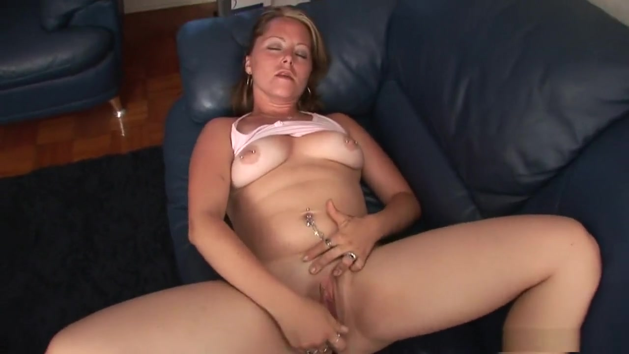 Porn Base Big titted mature slut masturbates outdoor