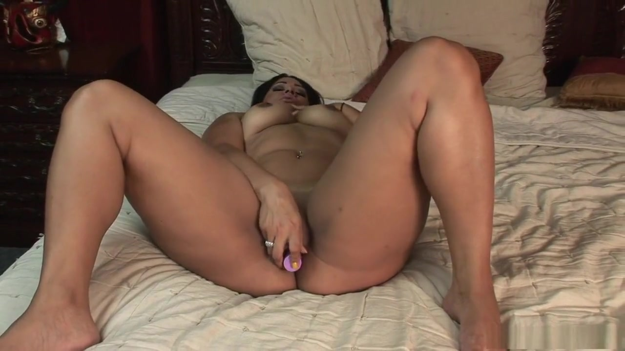 Sex archive Fun having house naked wife