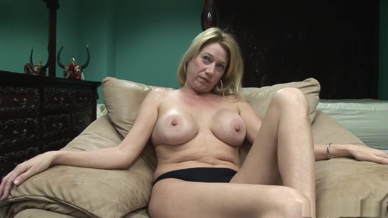 Hot amateur british milf getting naughty Porn pic