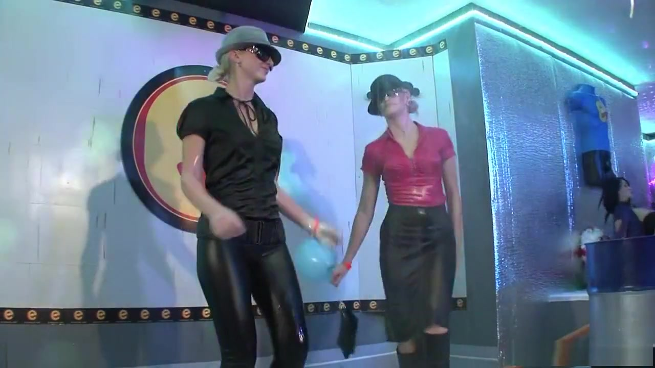 Yugioh obelisk vs slifer latino dating Hot xXx Video