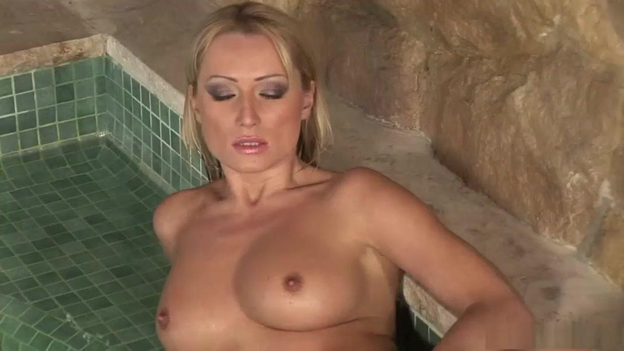 xXx Videos Drunk free pic pussy
