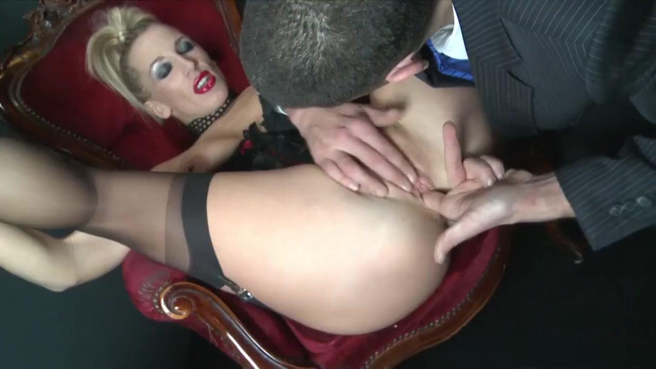 xXx Galleries Boy gets seduced by girl