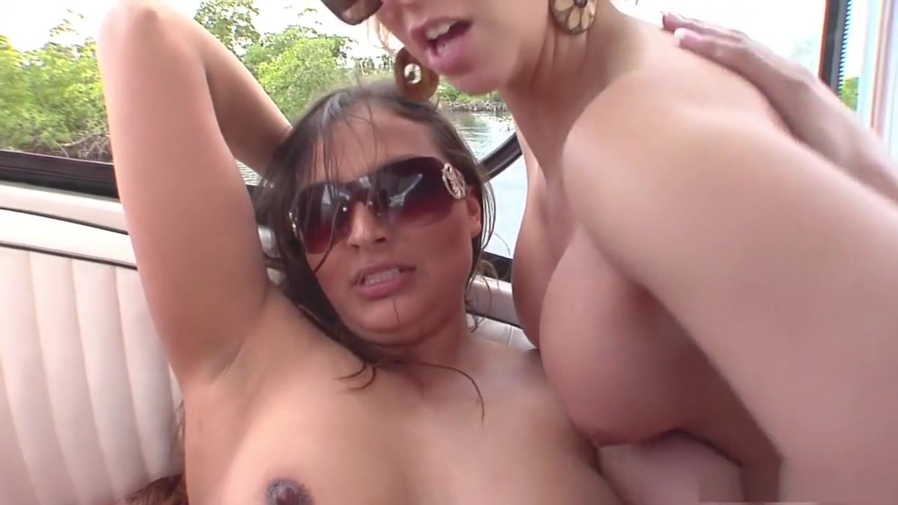Pics Gallery Real homemade vacation threesome