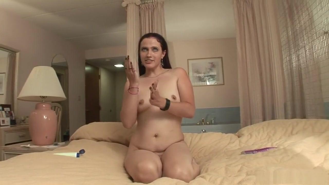 XXX pics Nubio films lesbian threesome couch casting pornhub