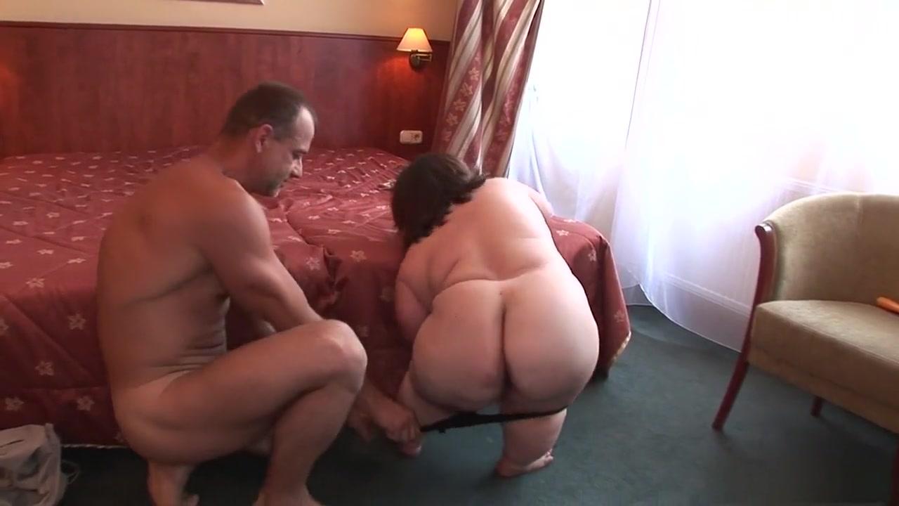 Porn pictures Lindi hingston dating nake