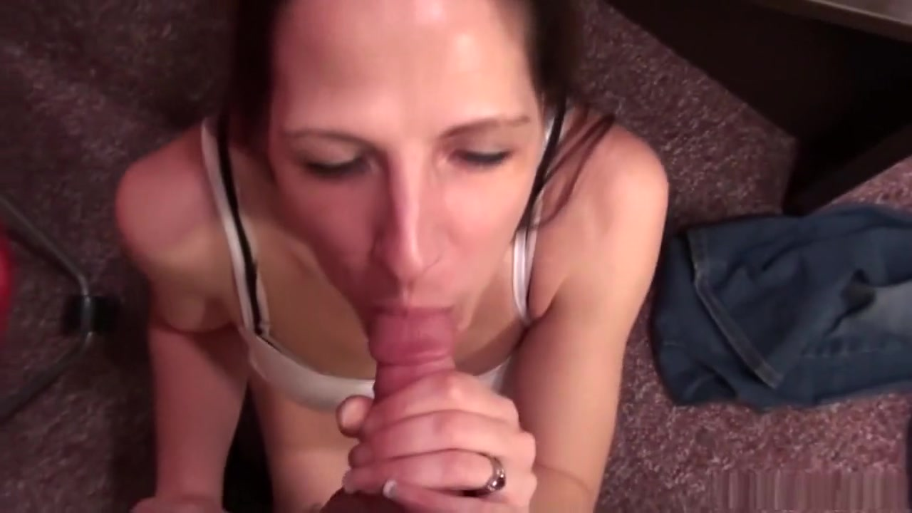 Naked Gallery Sexy cumshot
