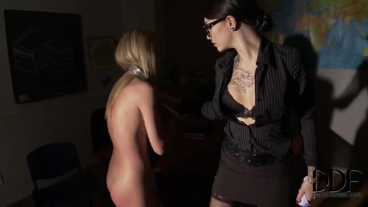 Porn FuckBook Big titted black milf  threesome