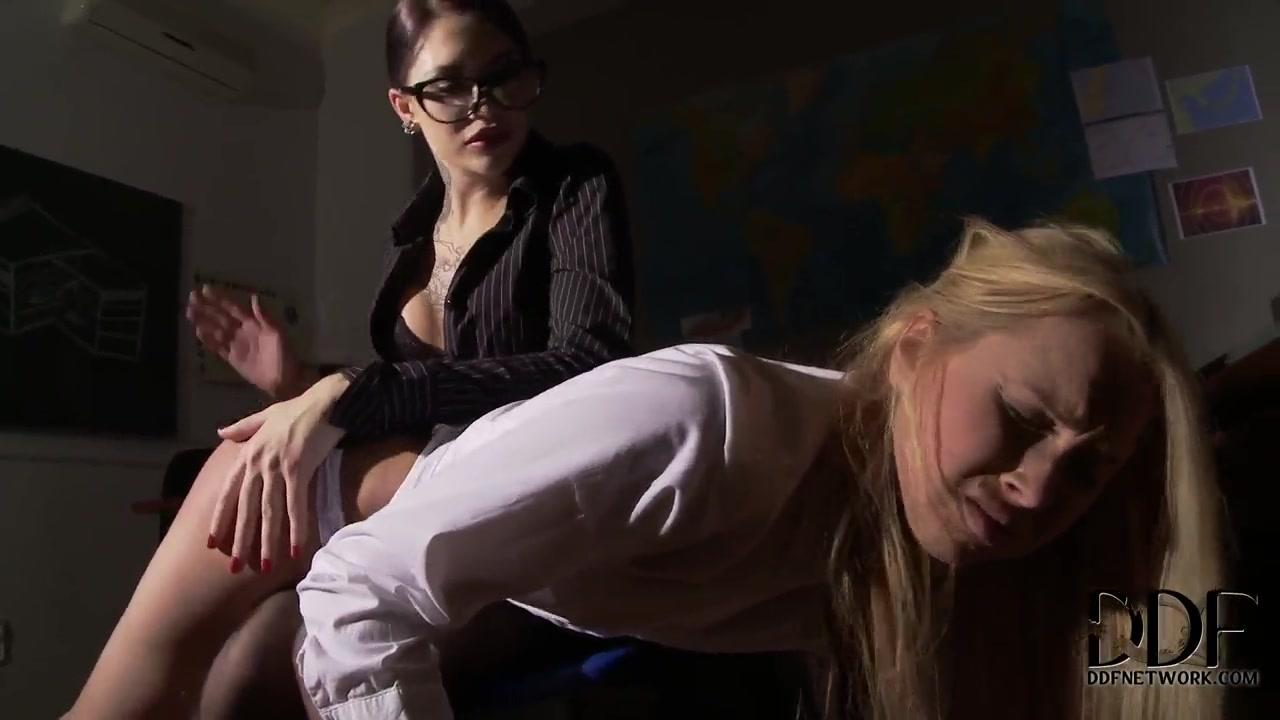 Sluts Twins porn lesbi