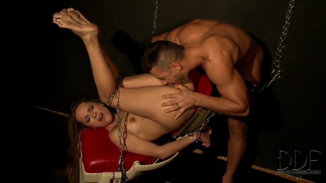 XXX Video Couple in shower porn