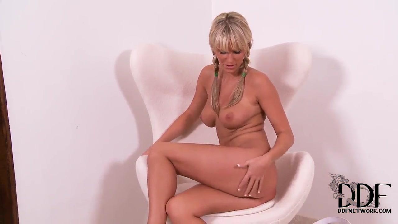 male stripper sucking wife Sexy Photo