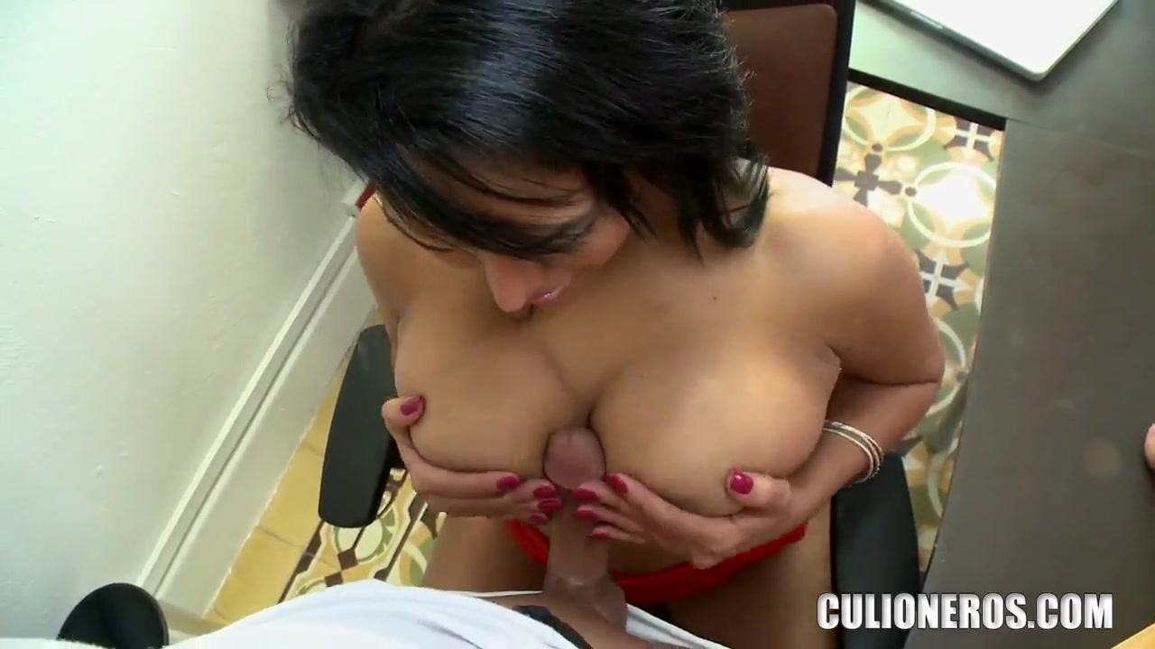 Porn clips Naked mature women party