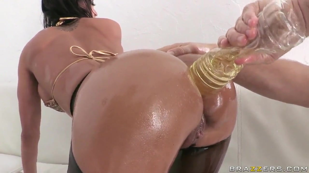 Pics and galleries Luscious Lopez Face Fuck