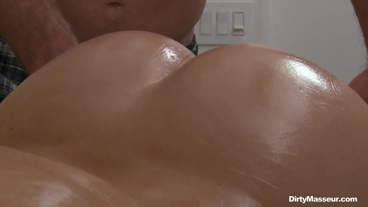 Excellent porn Banging Britney Ambers Big Ass & Natural...