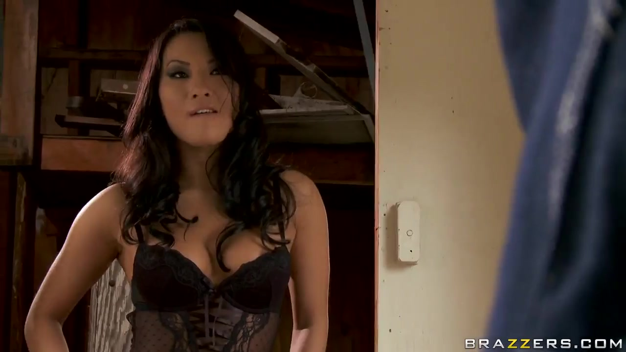 XXX photo Inocente documentary short online dating