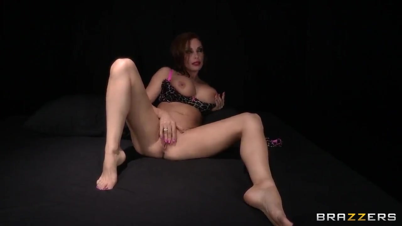 Nude 18+ Black shemale holly