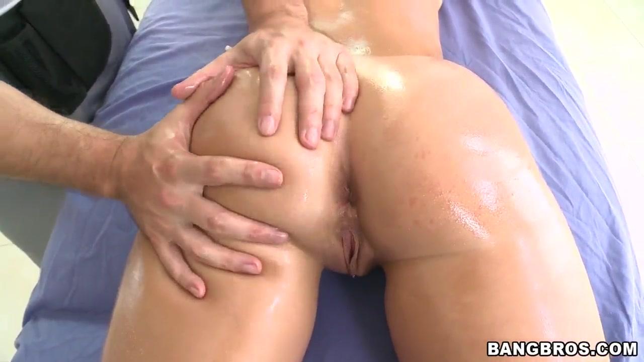 Sexy por pics Milf serves her master
