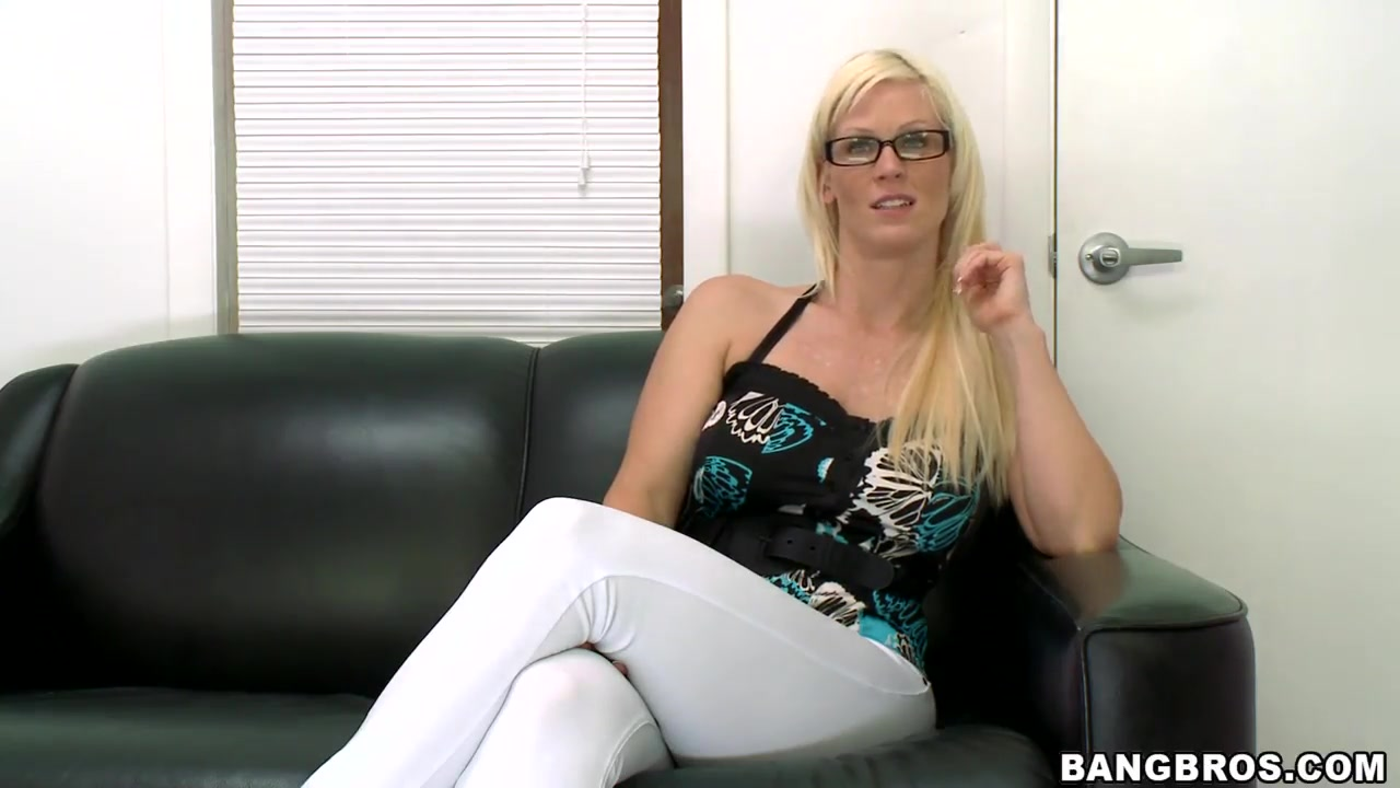 Pron Videos Voyeur mature orgasm