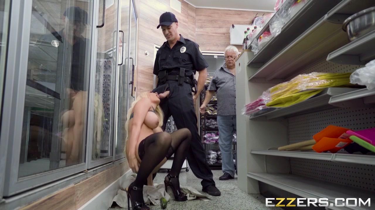 Bisexual bar germany Porn pic