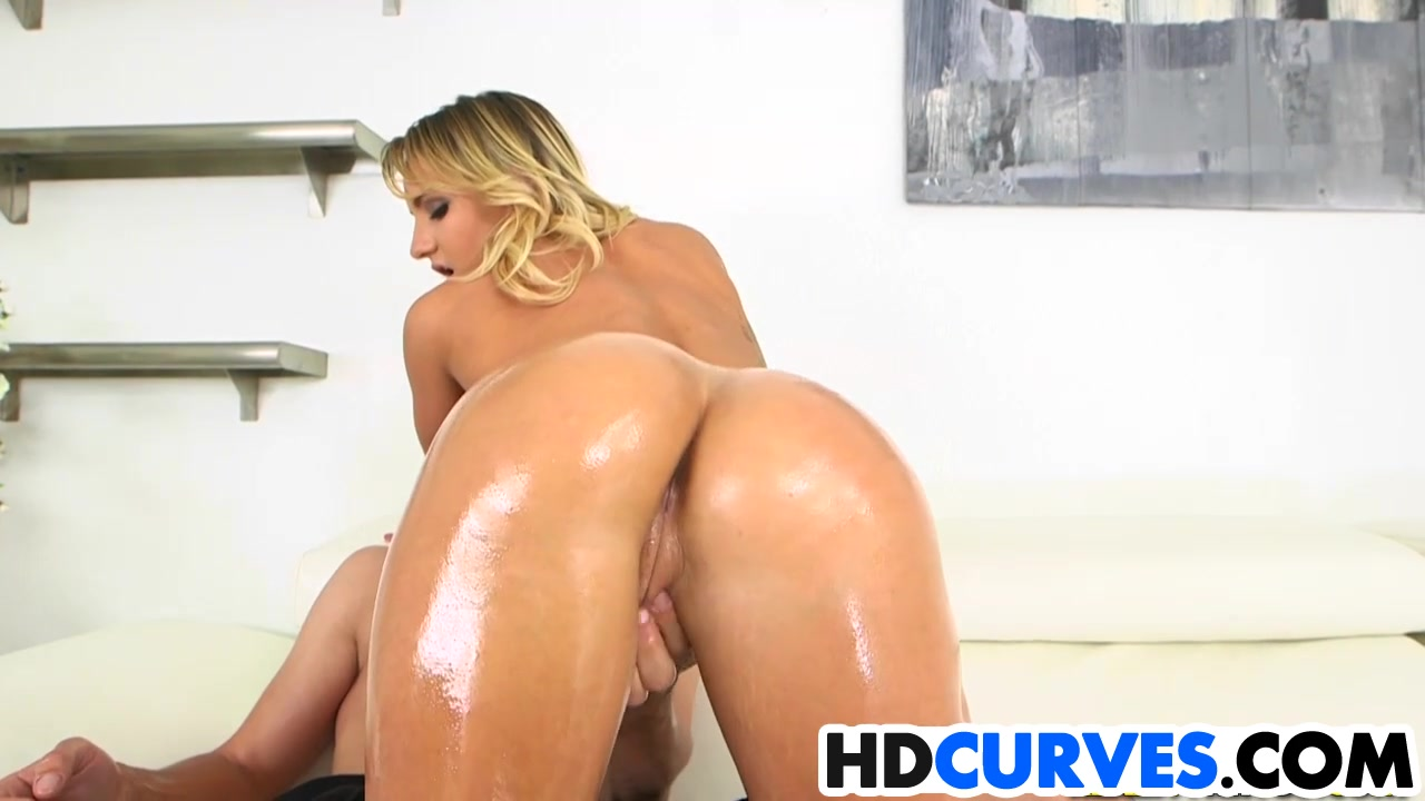 Naked Porn tube Sexy college lesbians use dildos