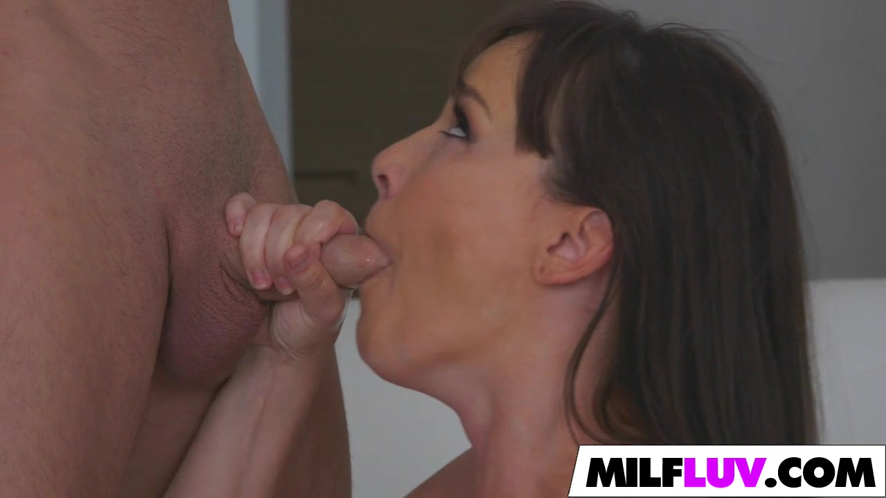 British bbw gets a cum mouthfull XXX Porn tube