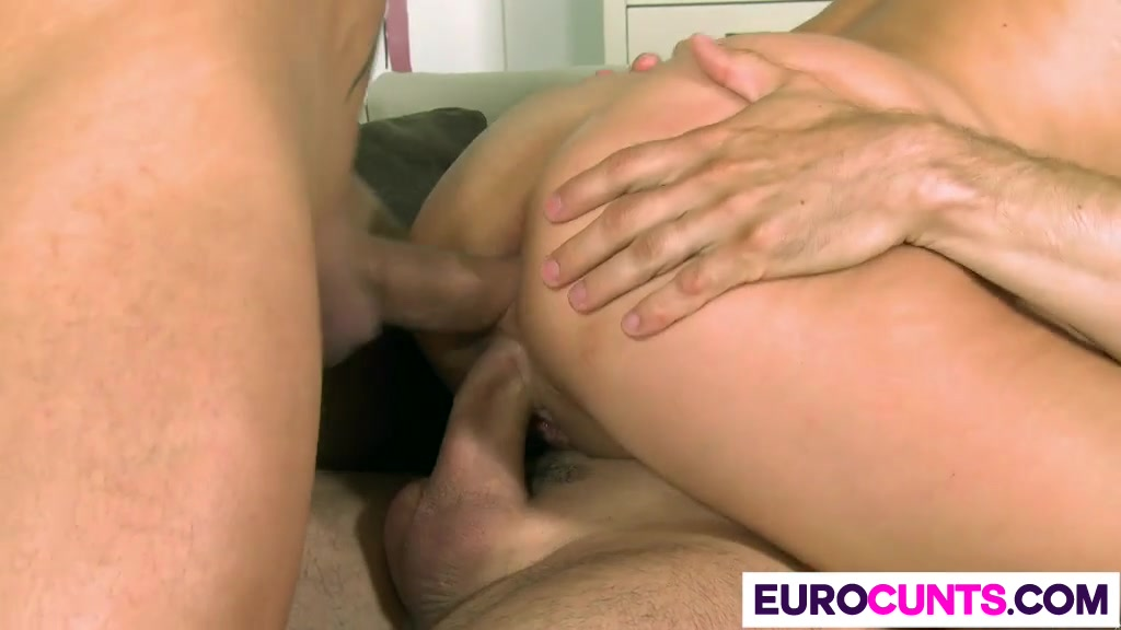 Pron Videos Italian milf take dildo and huge cock