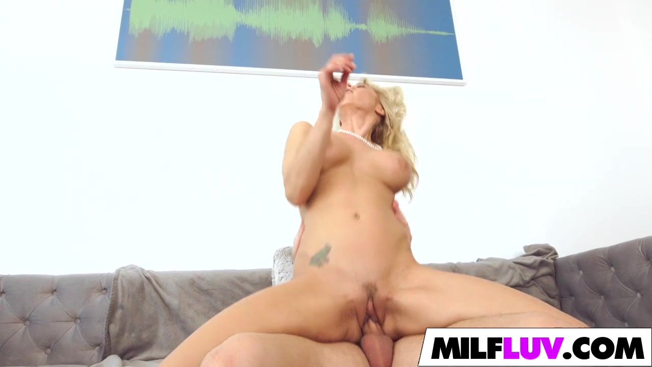 Naked Galleries Blowjob Cum Swolow