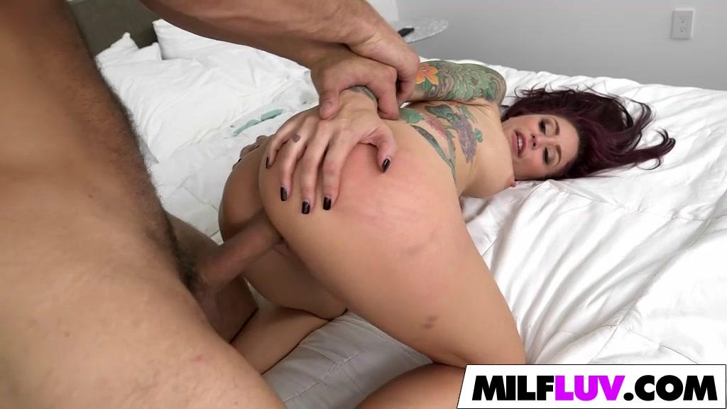 Nude 18+ Sexy block breaker