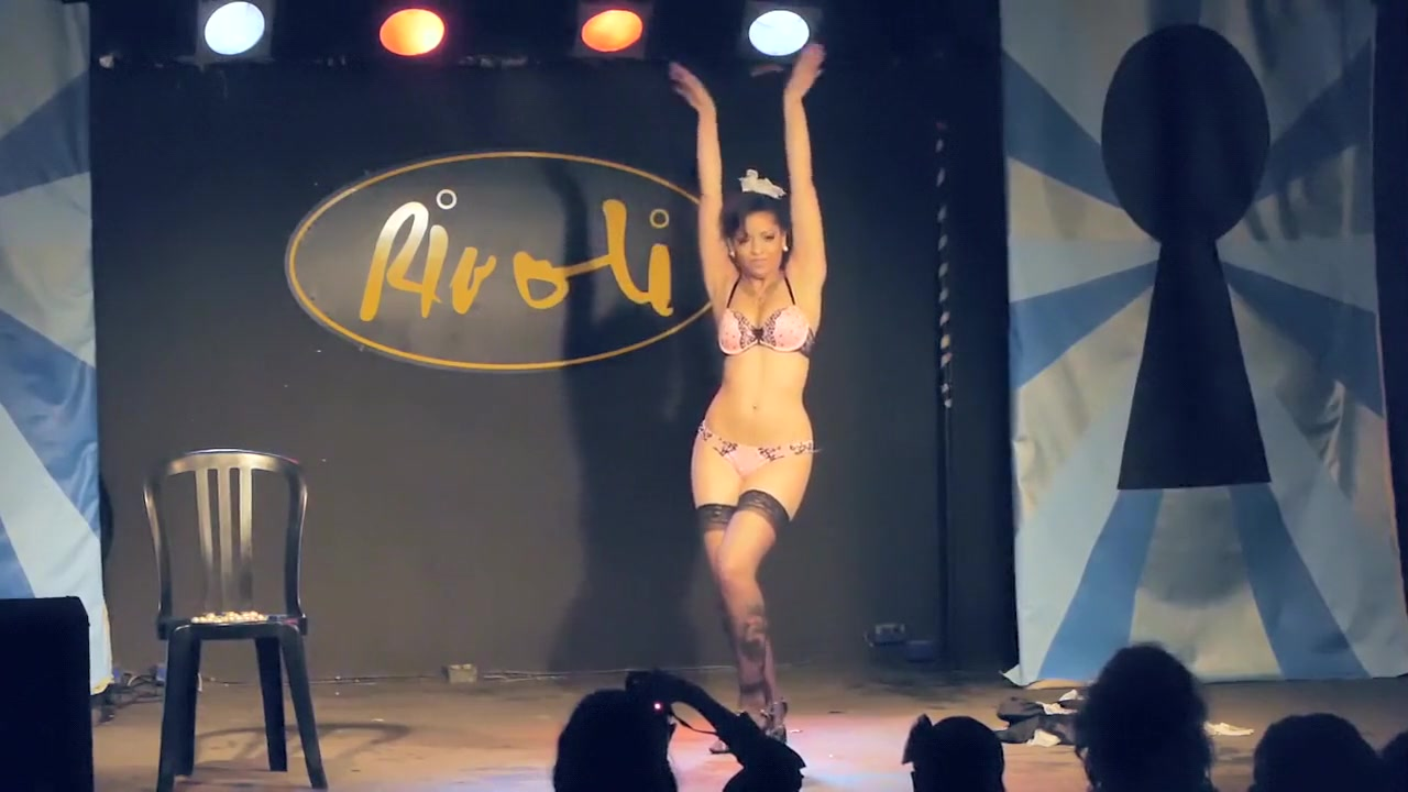 Burlesque Strip SHOW 108 Betsy Swoon Naked Rivoli How to give your man a great blow job