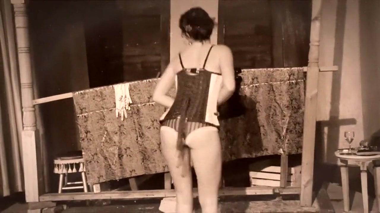 Lana Rhoedes Massage All porn pics