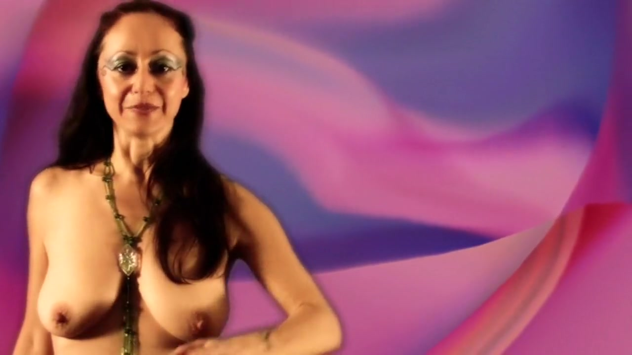 Mexican women with big breasts Sexy Photo