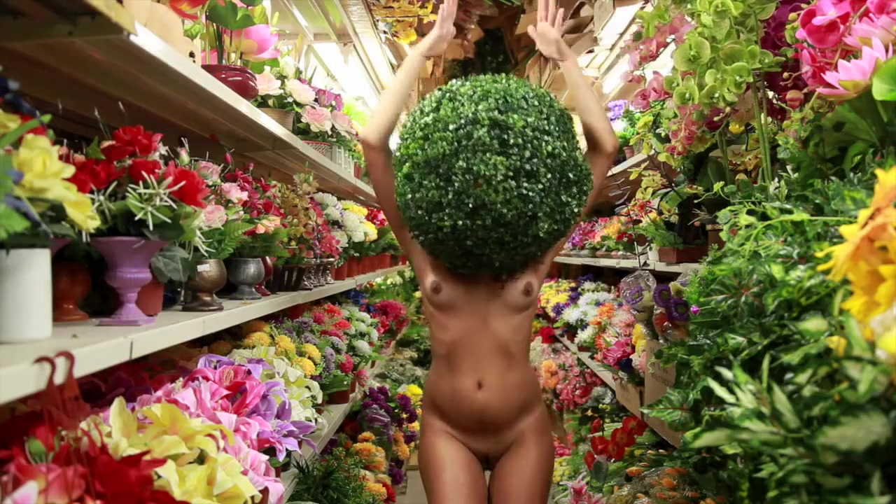 sexy samia ghadie Nude gallery