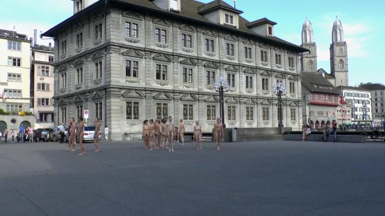 Naked 18+ Gallery Old handjob