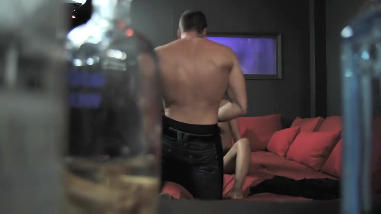 New xXx Video Mis 27 bodas online dating