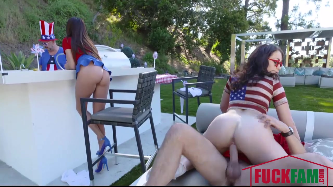 Ariella Ferrara And Jennifer Jacobs in Family Fourth Of July sexy girls feet licking