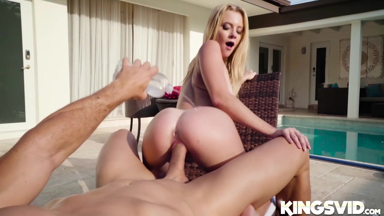 Bbw Blonde Granny Venuse Gives Head And Banged Naked Galleries