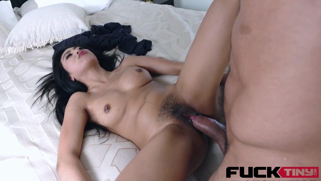 Brooke hunter deep throat Porn tube