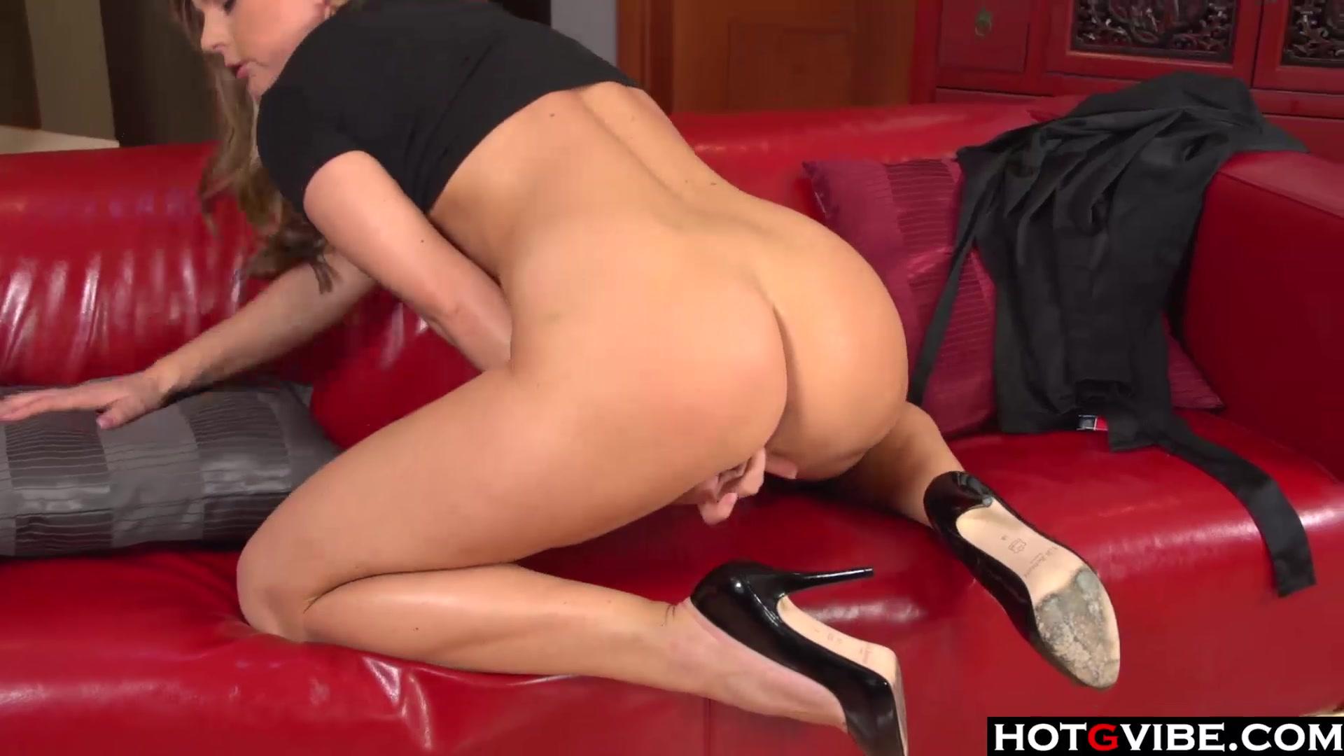 Naked Gallery Like having my bare bottom spanked