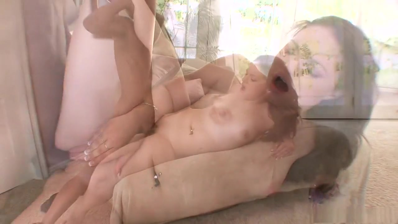 Hot xXx Video Lesbian pussy licking to orgasm