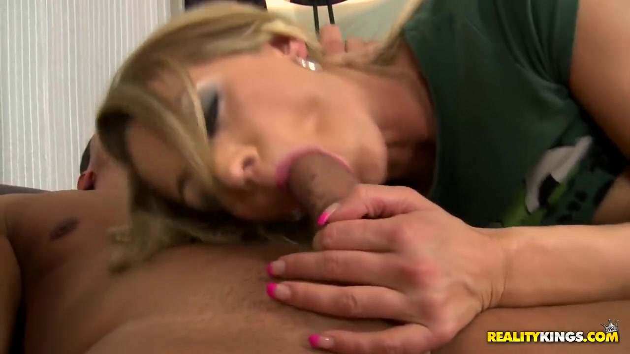 XXX Porn tube I had a dream about dating my best friend
