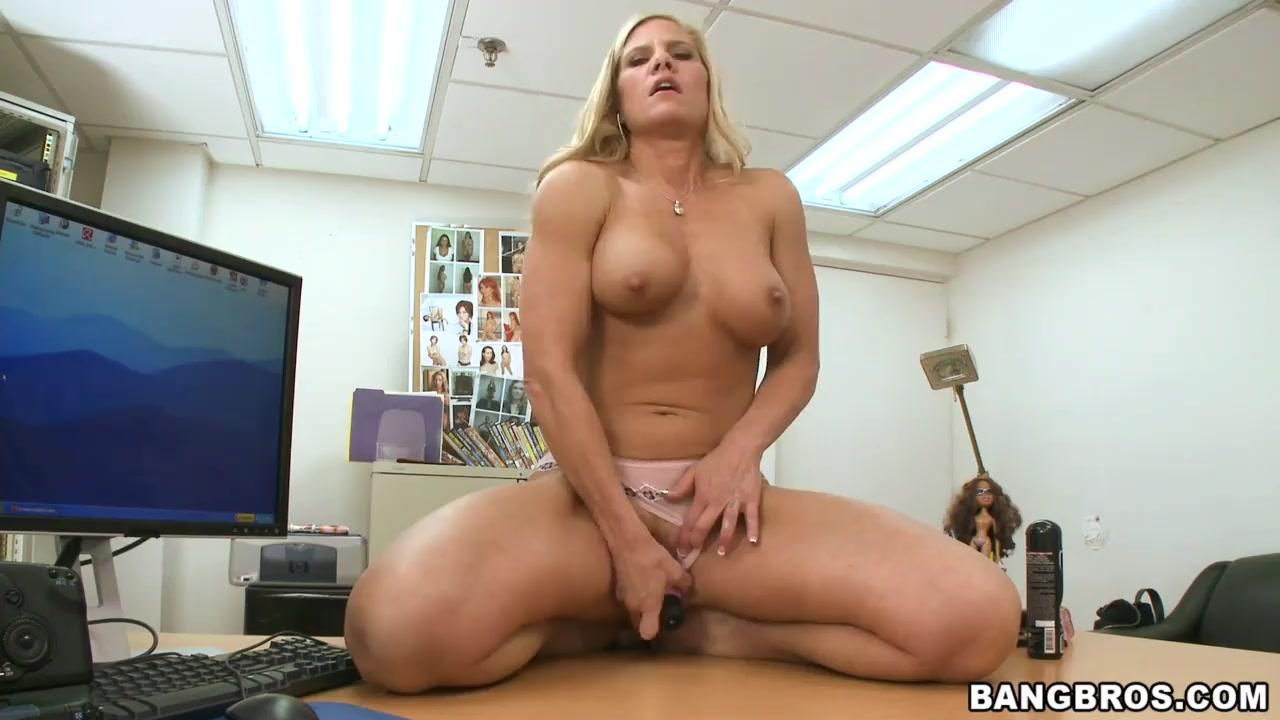 Porn Pics & Movies Free porn viedo of shemales