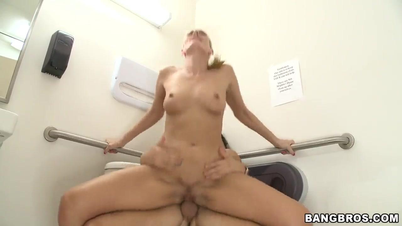 Porn FuckBook Alena croft snapchat
