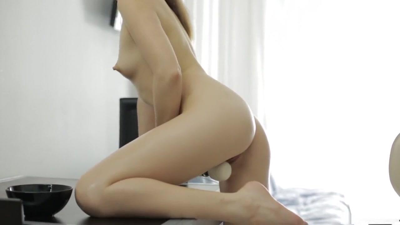 XXX pics Girls nude pics free