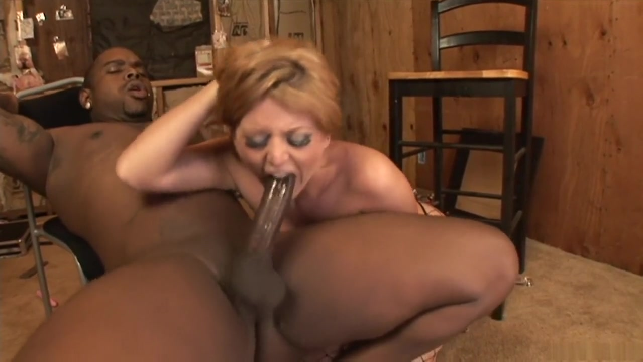 Sexy xxx video Nude women deer hunting pics