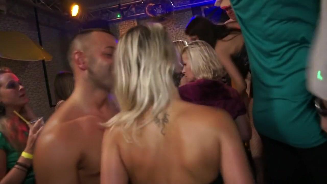XXX Porn tube These hot pantyhose video