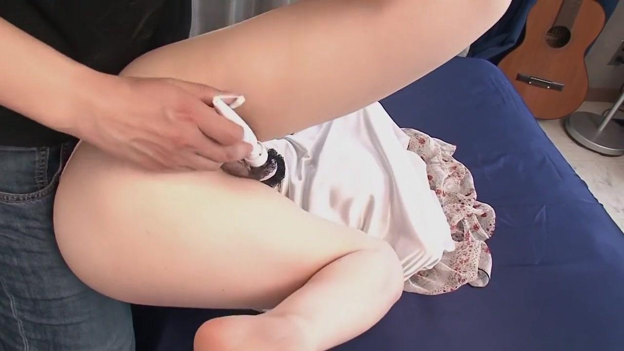 xXx Galleries Pretty naked girls having sex