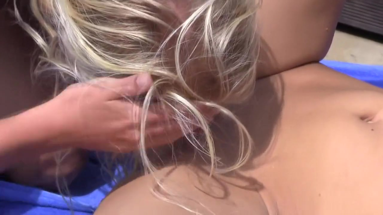 Pantyhose lesbo porns masturbated