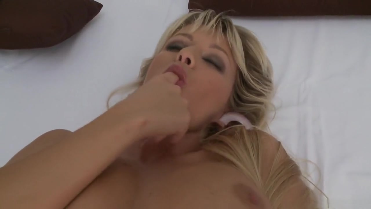 Hot Nude gallery Ebony teacher booty