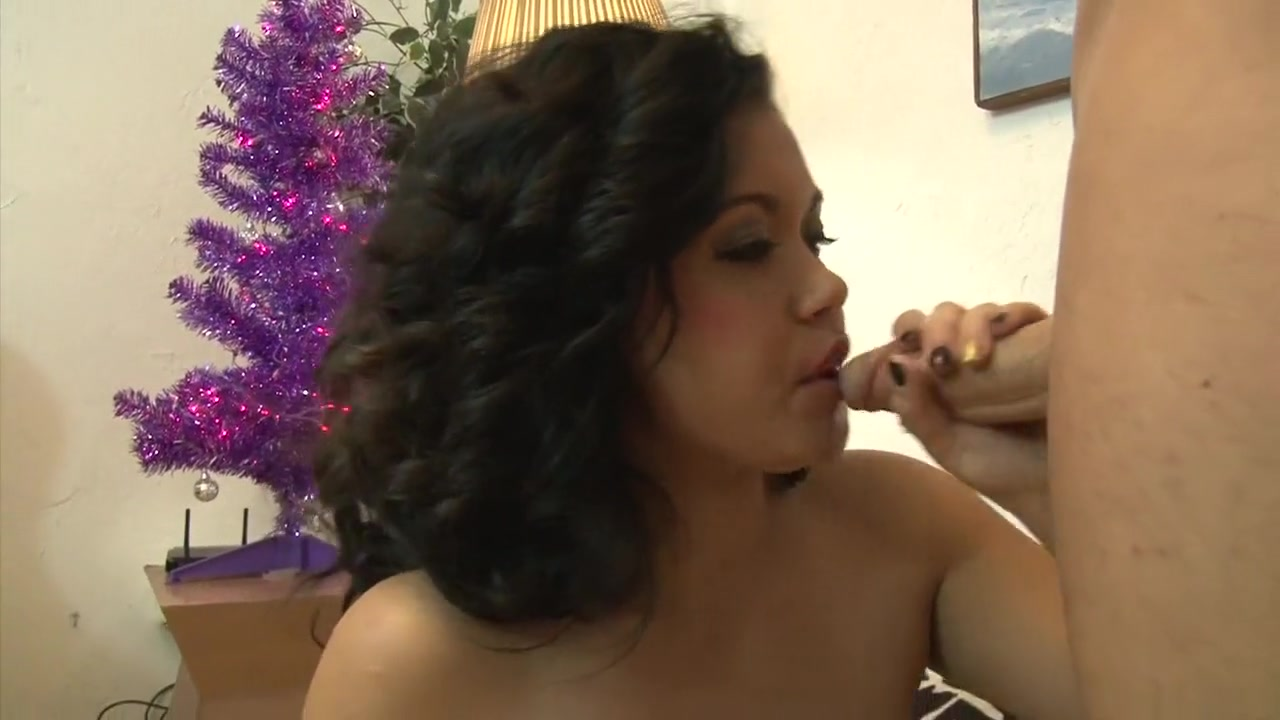 xXx Videos Amature naked boobs