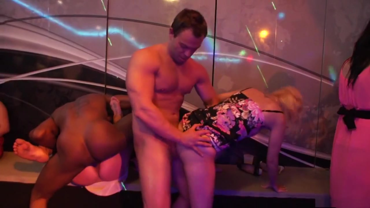 swallowed adriana jynx and megan in triple sloppy blowjob Pron Pictures