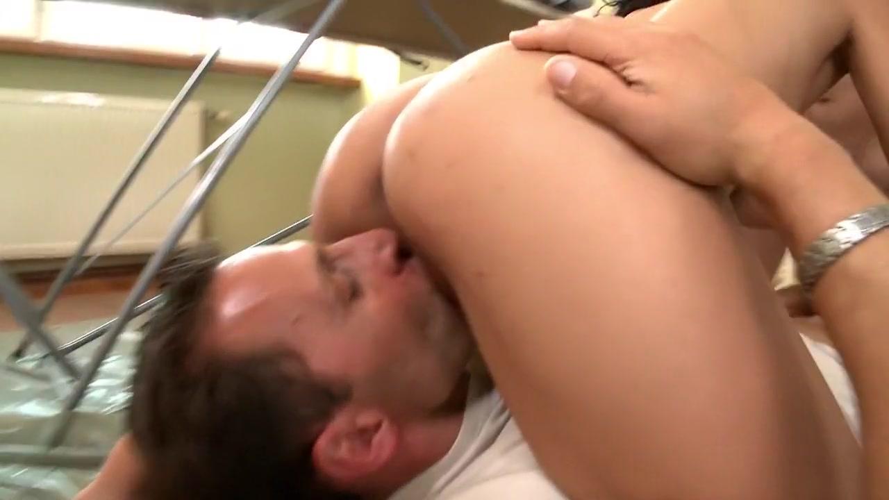Adult videos Milf blowjob in wetlook leggings